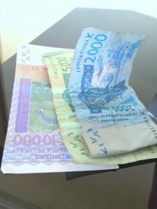 XOF 17.000 é hoje trocado por R$ 100,00